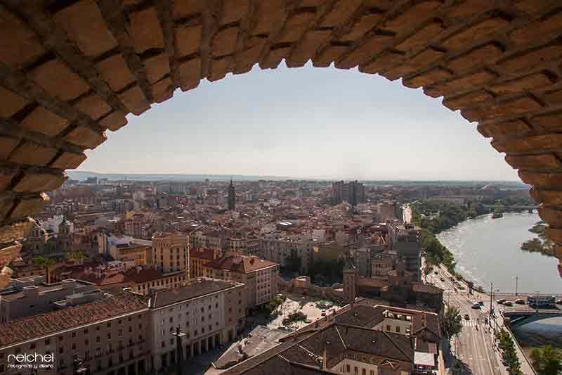 vista de zaragoza desde las torres de pilar