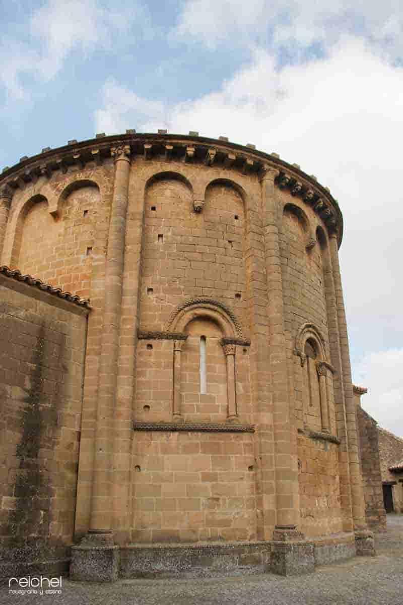 iglesia de san martin de torus un castillo
