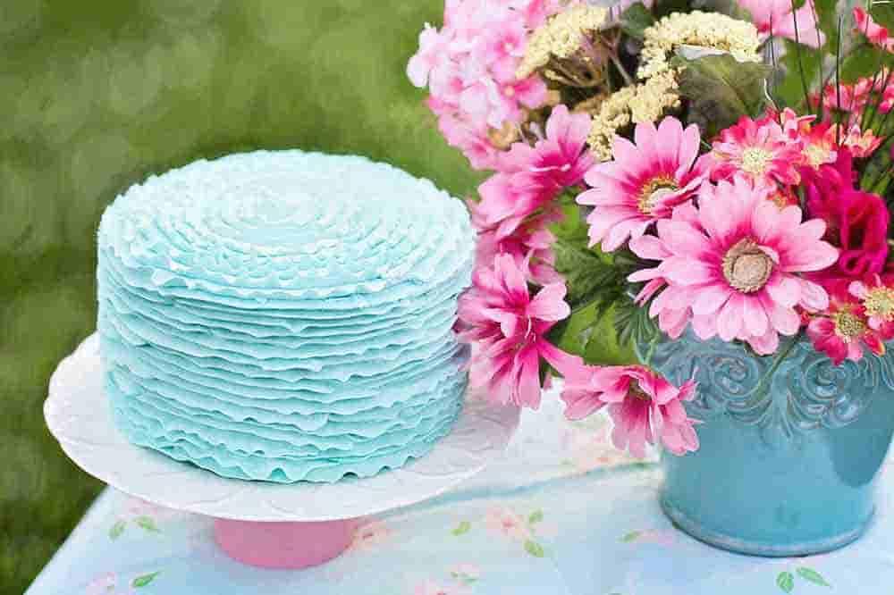 tarta de cumpleaños azul