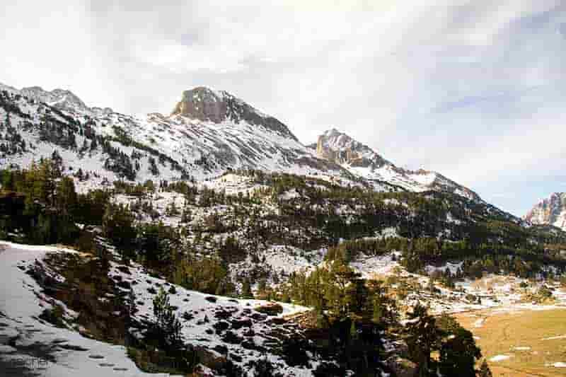 valle de benasque en invierno