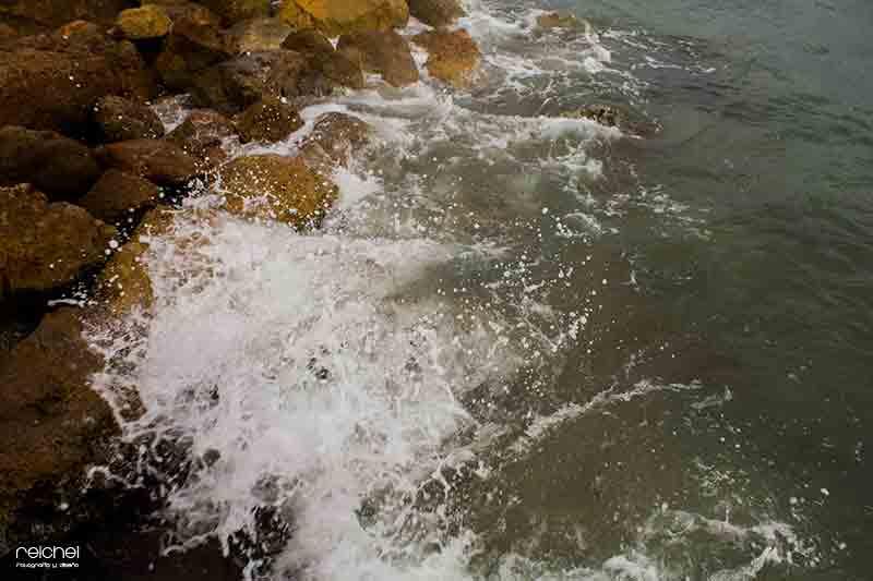 rompiendo las ola