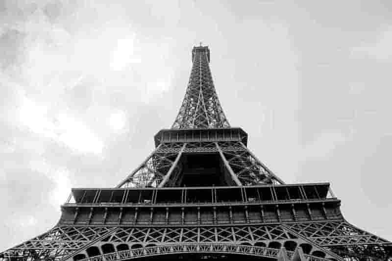 torre eiffel para perfil